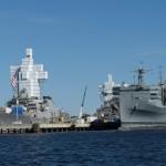 auch Kriegsschiffe werden eingerüstet