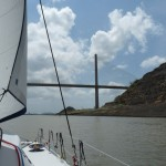 wir segeln zu den Miraflores Schleusen