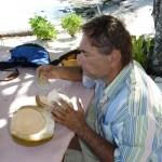 eine Kokosnuss als Erfrischung