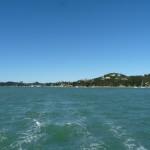 Neuseeland verschwindet im Kielwasser